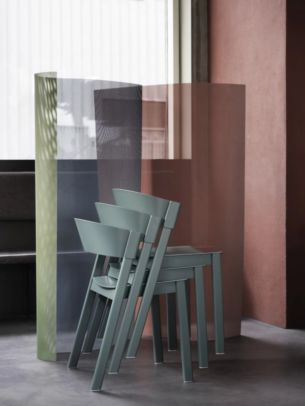 4042-cover-side-chair-lifestyle-image